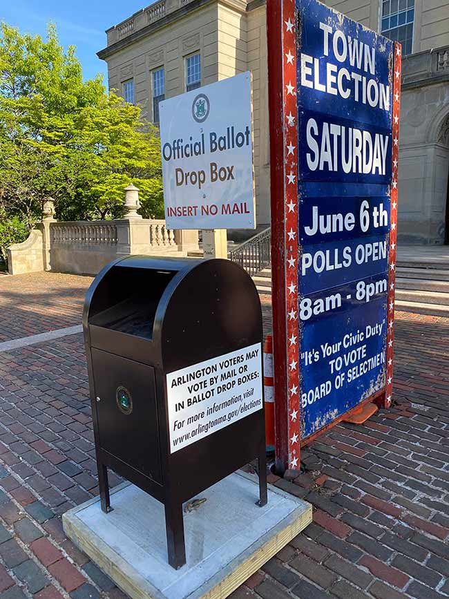 Drop box in front of Arlington Town Hall